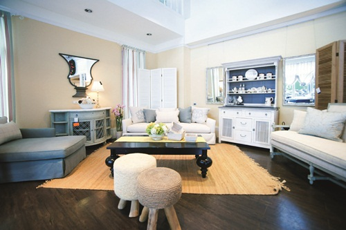室内共三层楼,提供消费者舒适自在的购物环境