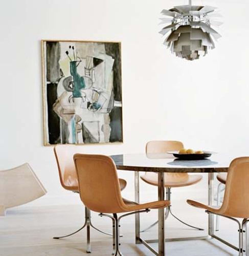 现代抽象画作较适合北欧风居家布置. 图片提供_Fritz Hansen-达人分