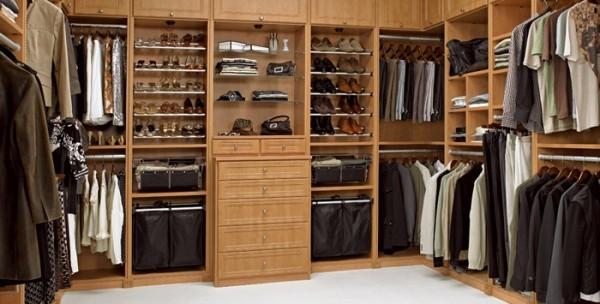 更衣室,衣柜
