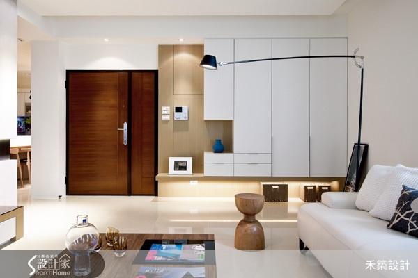 空間配色、色調、公共空間、電視主牆