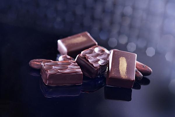 寒舍艾美 巧克鳳梨酥禮盒 推出驚喜回饋價!
