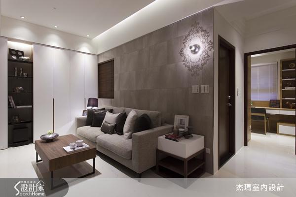 沙发背墙的造型灯具,影射为玄关端景墙图片