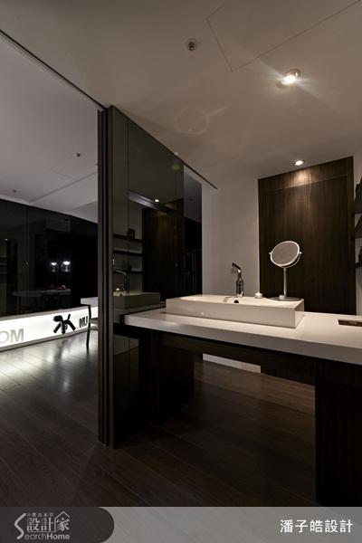 设计感,但日式客厅木地板则带有日式的朴拙温润