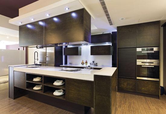 德盟厨具大力推广中岛式厨房的概念,让每个居家空间不论大小皆可实现图片