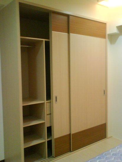 平开门衣柜效果图::木工衣柜样式图片::做衣柜样式