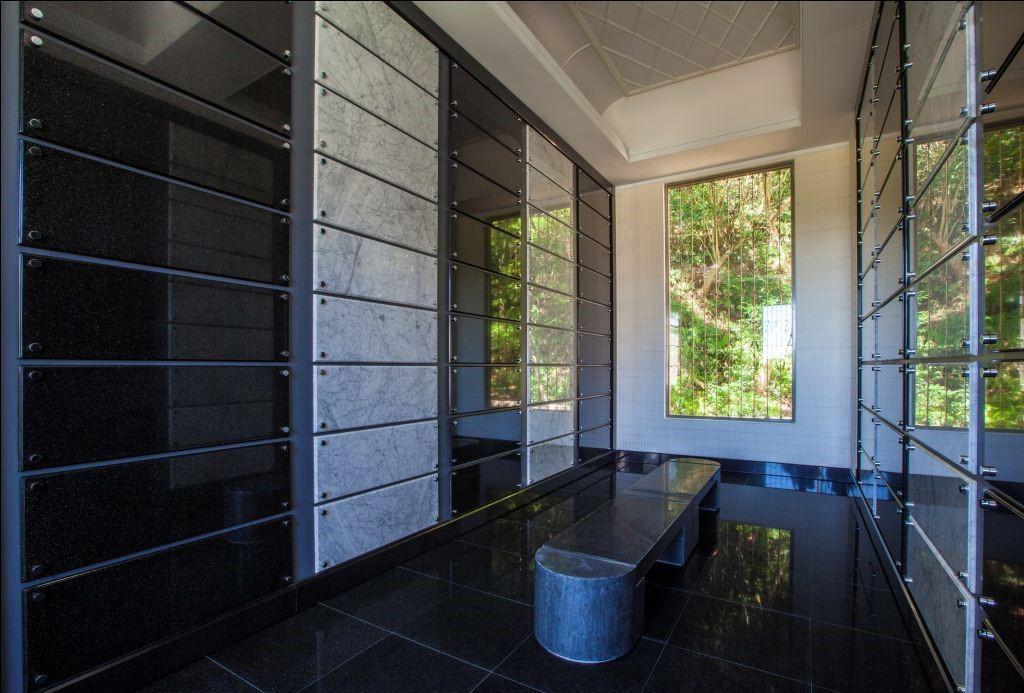 天陵花園塔位室內全自然採光美觀舒適